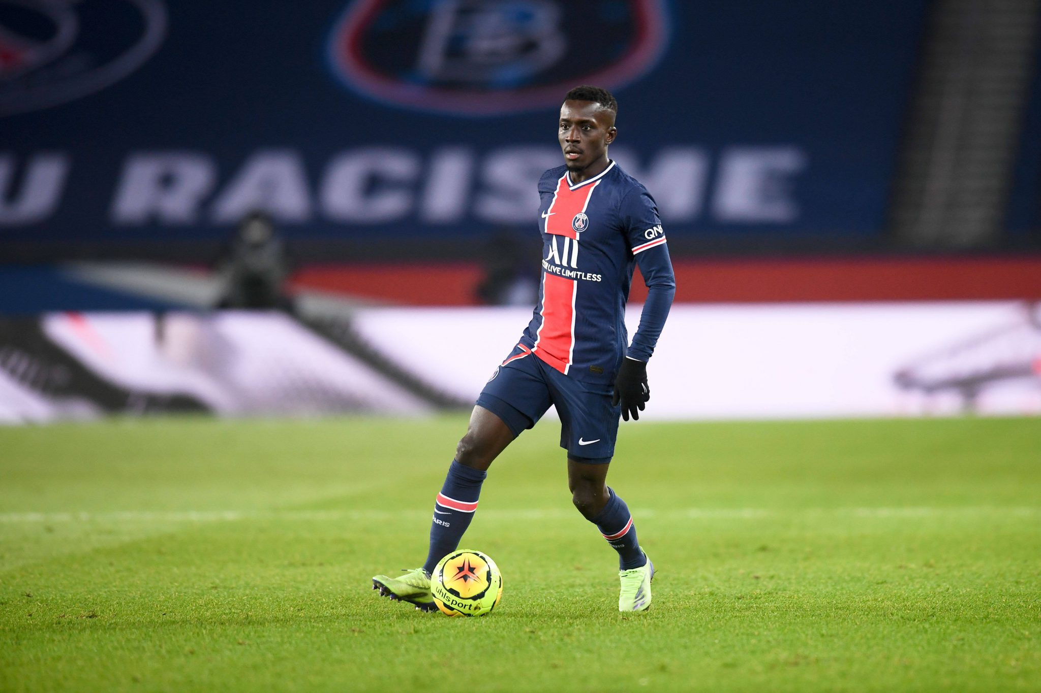 Newcastle United have contacted PSG for Idrissa Gueye ...