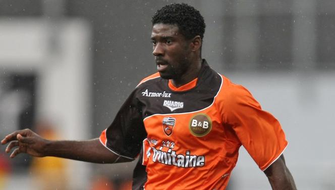 Southampton eye Lorient defender Bruno Ecuele Manga to replace Liverpool bound Dejan Lovren [LEquipe]