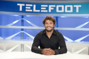 Patrice Evra embarrassed his former rival left back Bixente Lizarazu during his interview to Telefoot